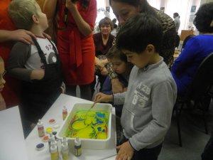 Как раскрасить жизнь особенных детей?