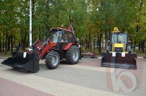 Белгородцам показали чем будут чистить снег на дорогах города