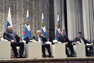 «У нас 90 процентов изменений со знаком «плюс». Губернатор Евгений Савченко встретился с активом двух районов