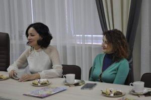 Душевный диалог за чашкой чая с женщинами-журналистками