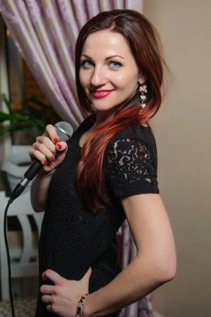 Инна ЗАЙЦЕВА: «Петь я начала с рождения…»