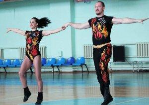 Чемпионы мира по акробатическому рок-н-роллу дали мастер-класс в Белгороде