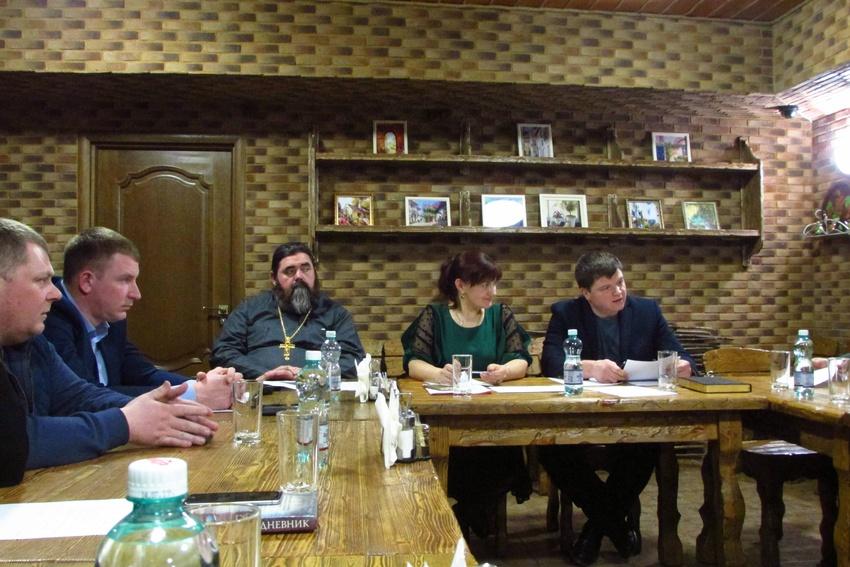 В Яковлевском городском округе провели очередное заседание Совета отцов